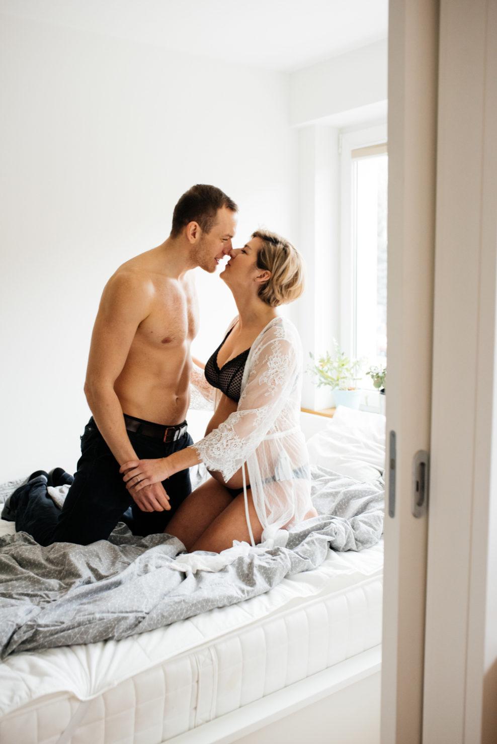 Paulina & Michał - domowa sesja ciążowa w Pruszkowie - domowa sesja ciążowa