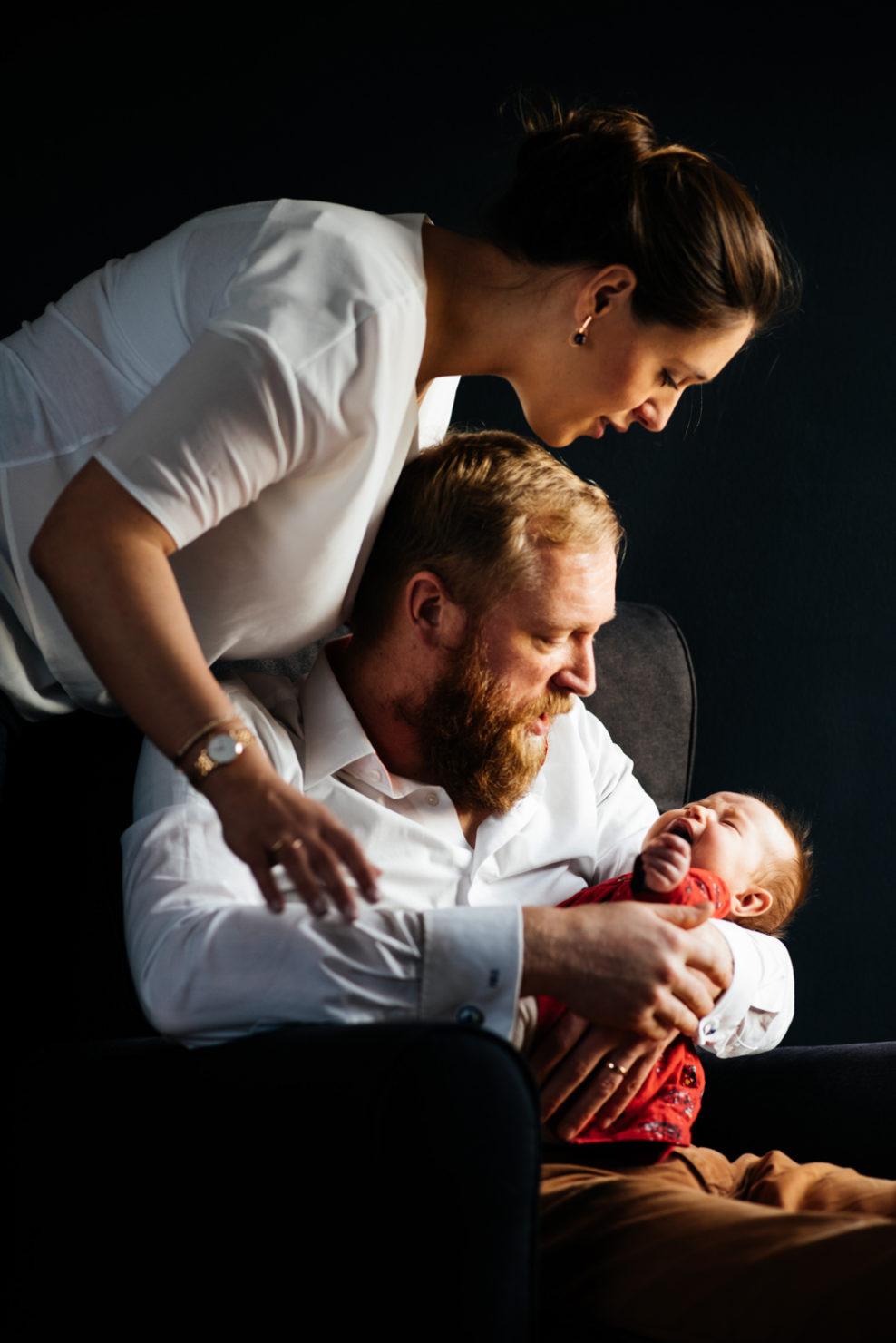 Natalia, Hendrik & Florence - Sesja rodzinna z noworodkiem w Komorowie - sesja rodzinna z noworodkiem